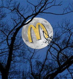 The McDonald's McMoon: Full McDonald's McMoon, viewed from rural Pork Knuckle, Idaho